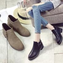 马丁靴女韩版学生侧拉链铆钉圆头中跟及踝靴粗跟短靴女靴单靴秋冬